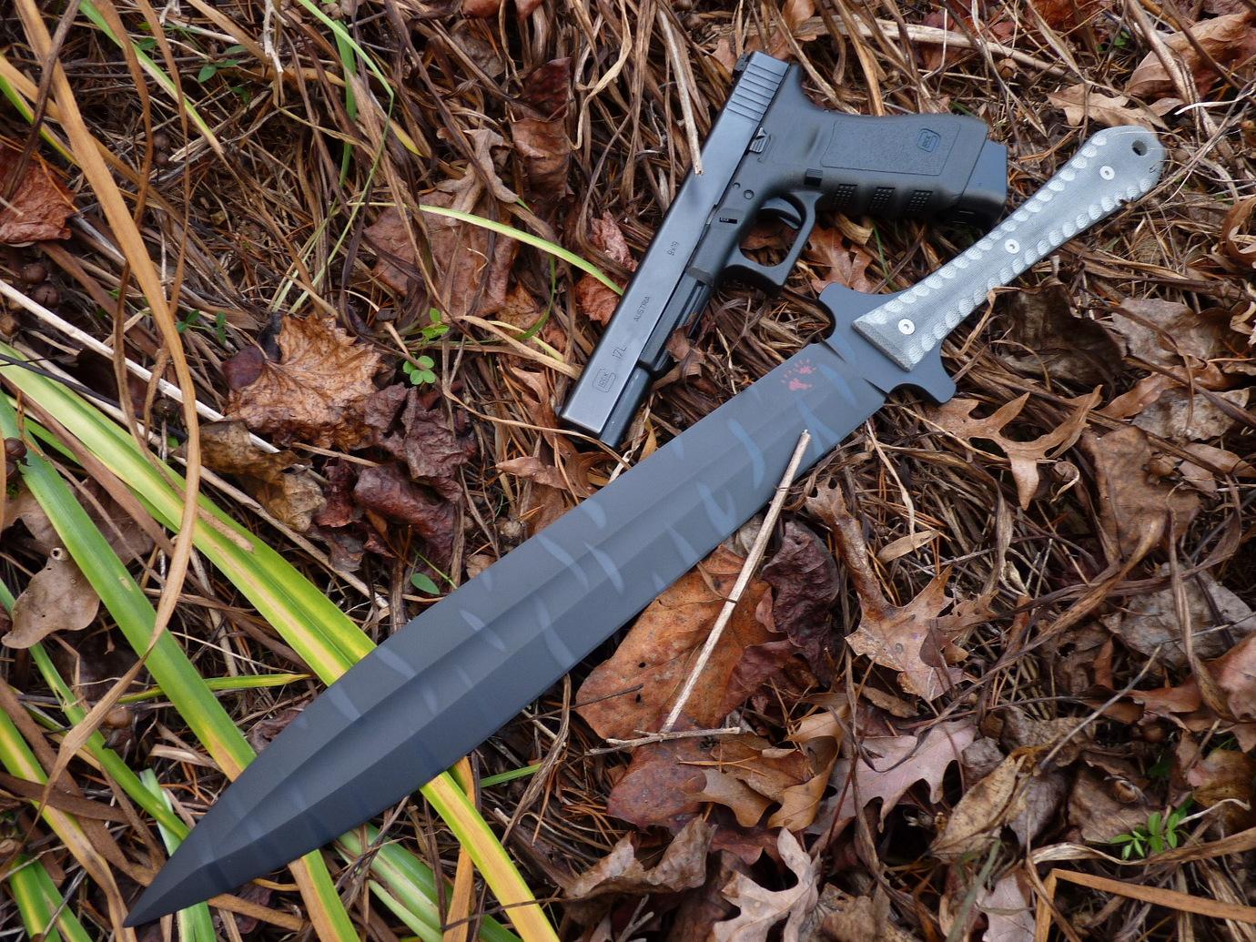 """""""Murder"""" Tactical Gladius"""